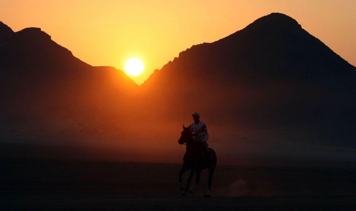 Alors que l'ultraviolence de «La famille Winter» évoque les westerns crépusculaires de Sam Peckinpah, par endroits, le roman renvoie au western spaghetti revisité par Tarantino.
