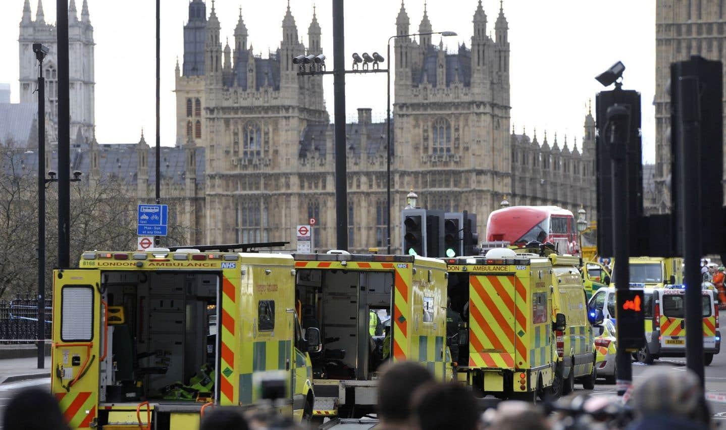 Quatre morts et plusieurs blessés dans une attaque «terroriste» à Londres