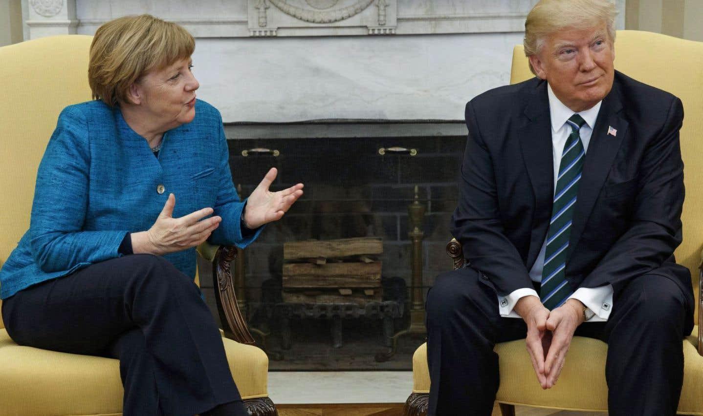 La poignée de main ratée Trump-Merkel: un camouflet géopolitique