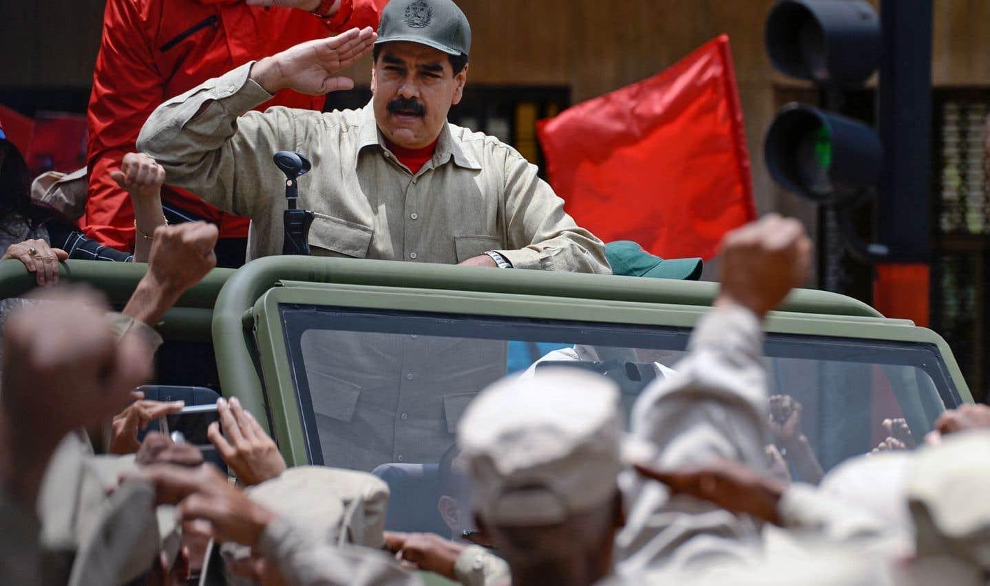 L'armée soutient Maduro avant une grande manifestation