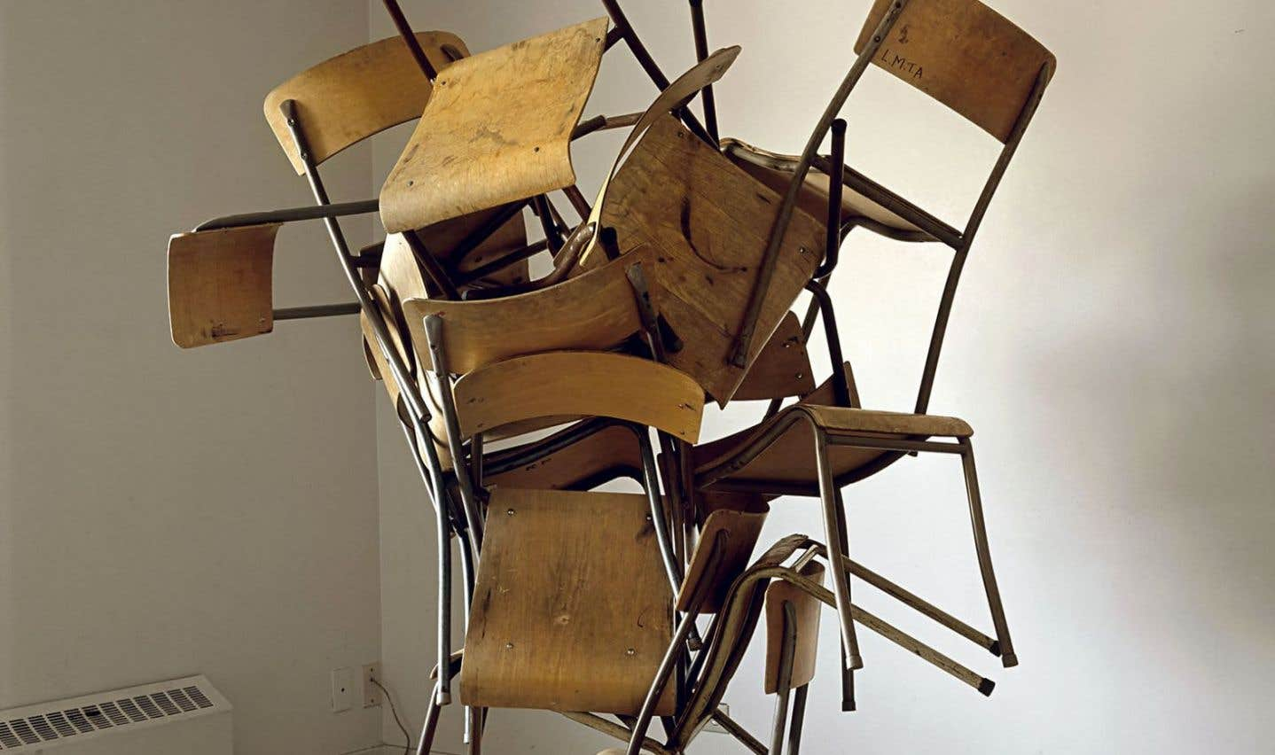 «Entanglement of Chairs» (2009), James Nizam