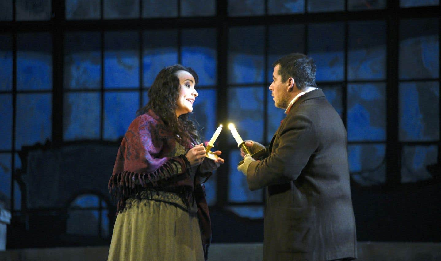 Dans la nouvelle mouture de la superproduction, les rôles de Mimi et de Rodolfo ont été confiés à France Bellemare et Luc Robert.