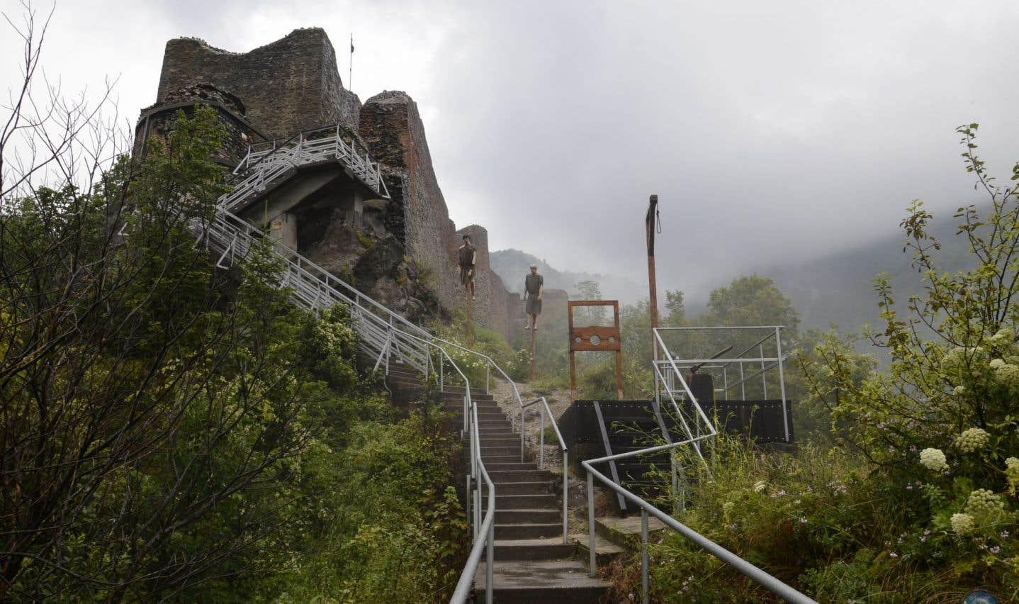 La forteresse roumaine de Dracula à Poenari