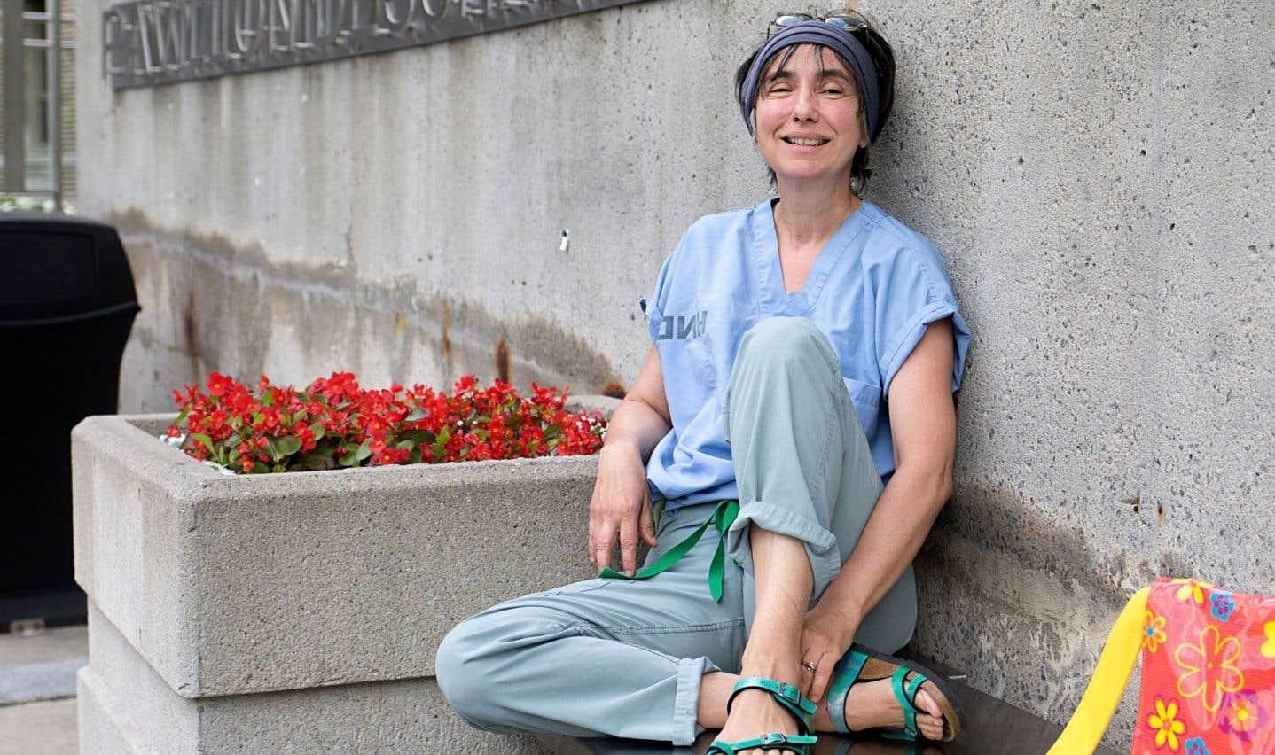 «On peut être objet d'indifférence ou objet de réconfort, mais moi, je veux être présente pour l'autre», explique Suzanne Myre.