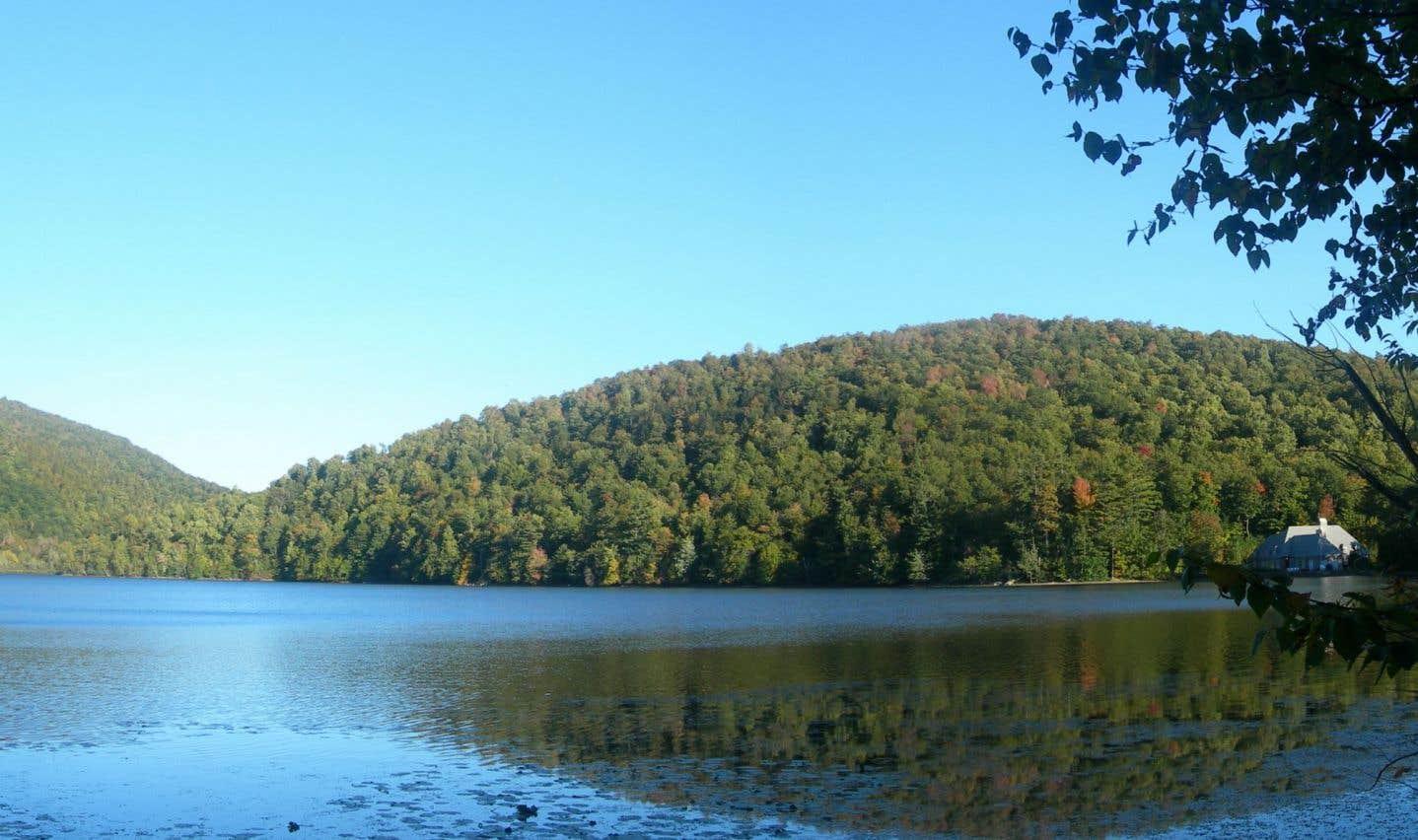 Un lac universitaire au coeur de la réserve naturelle Gault