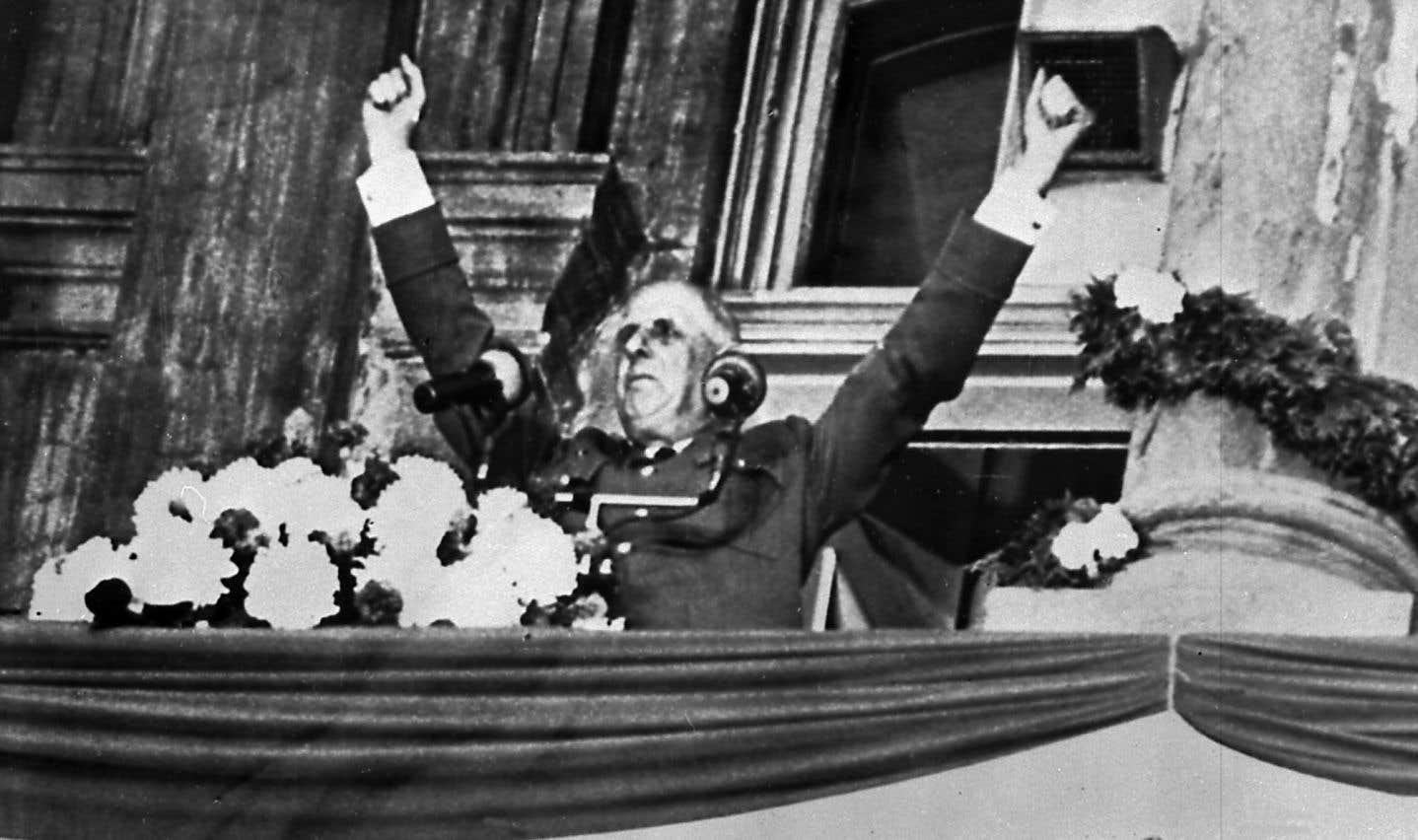 Empreint de la force de conviction inhérente à Charles de Gaulle, le discours à l'hôtel de ville s'arrime à une période où la parole française est déliée de toutes contraintes.