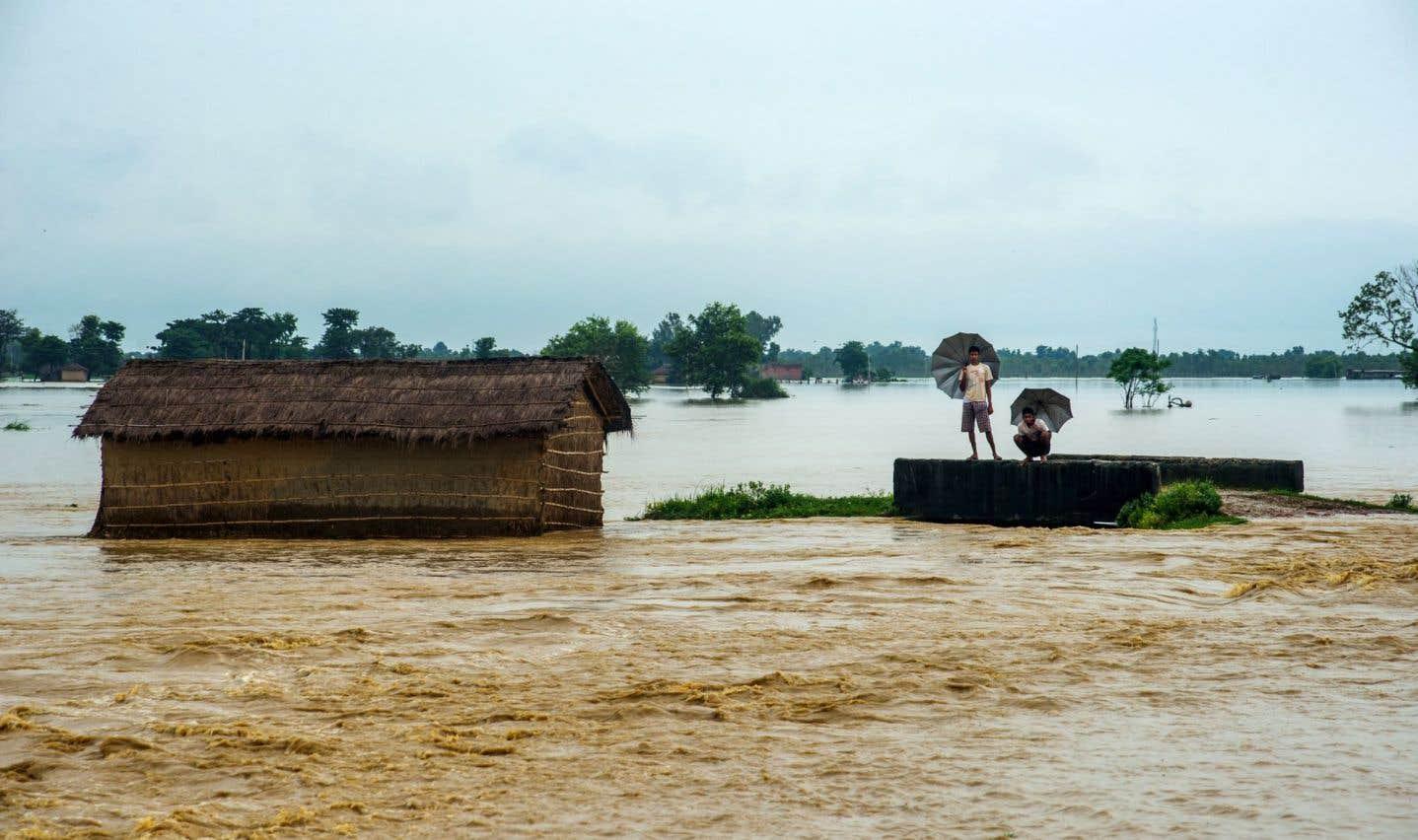 Des inondations ont fait au moins 173 morts dans le sud de l'Asie