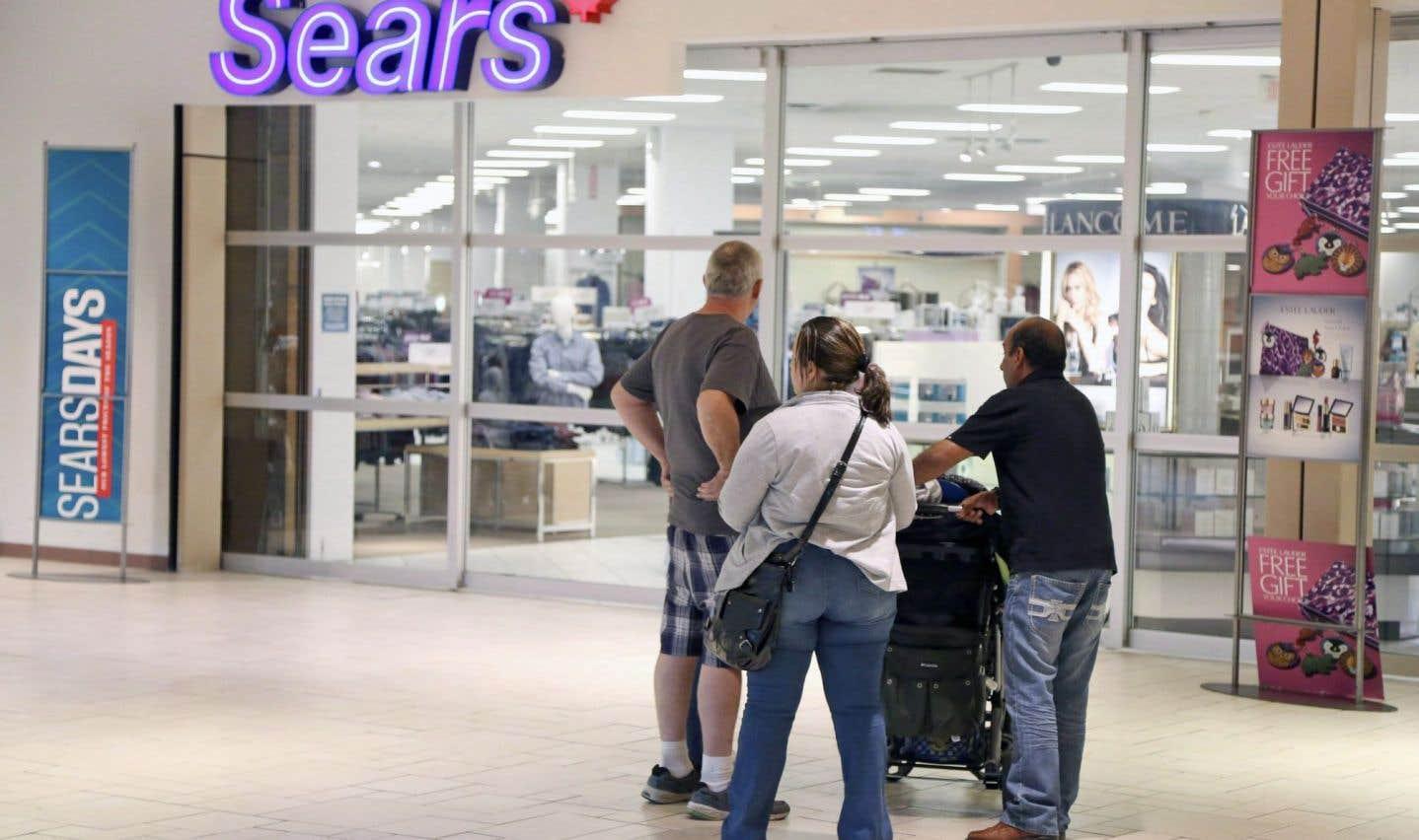 En juin, le détaillant avait annoncé son intention de fermer 59 établissements au pays en plus d'éliminer 2900 postes, sans verser d'indemnités de départ.