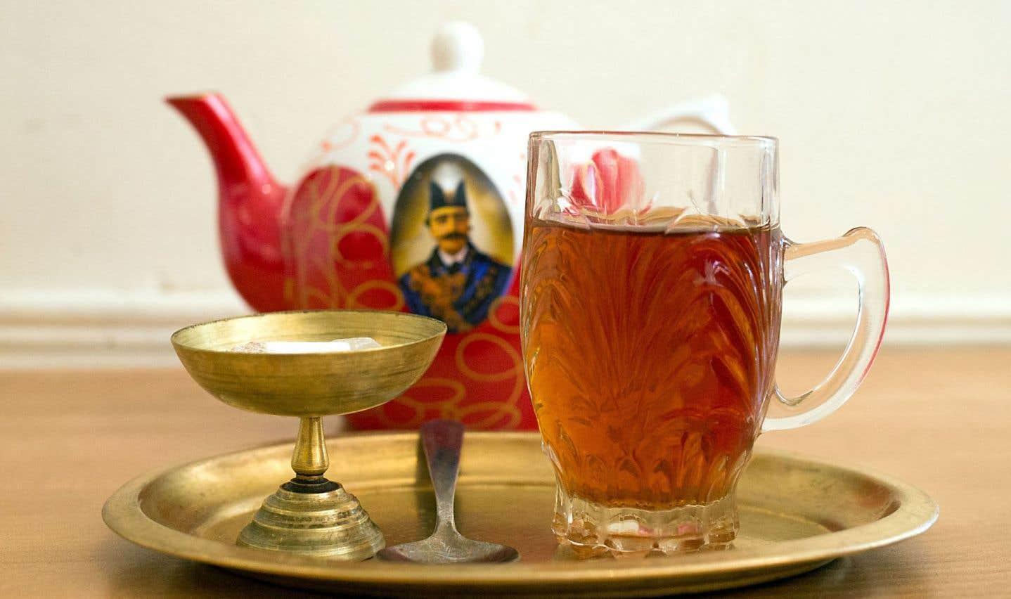 La recette de thé traditionnel iranien de Heméla Pourafzal