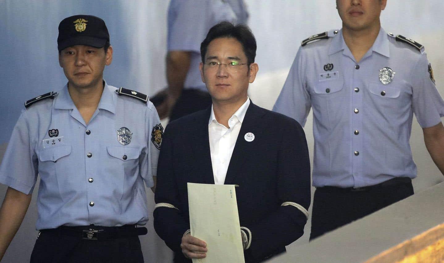 Peine de prison de cinq ans pour l'héritier Samsung