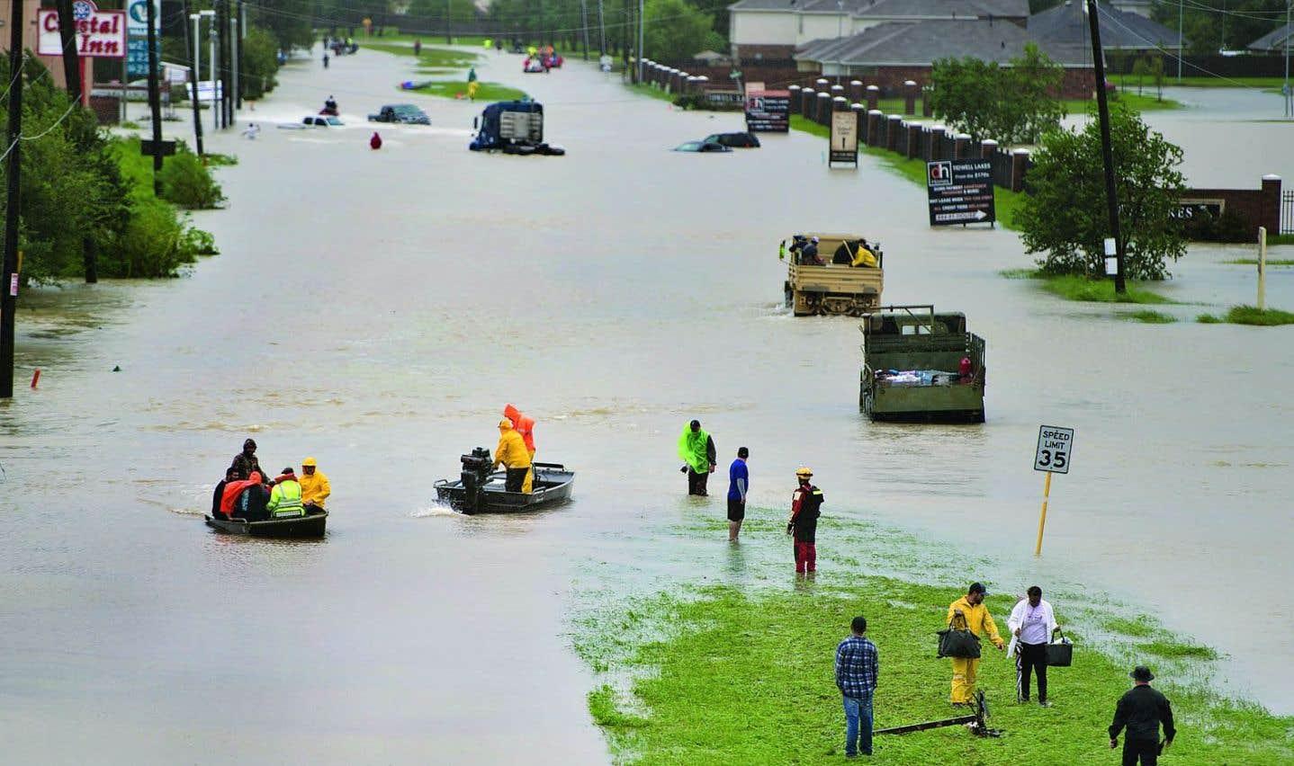 «Harvey» pourrait être parmi les cinq tempêtes les plus coûteuses à avoir frappé les États-Unis
