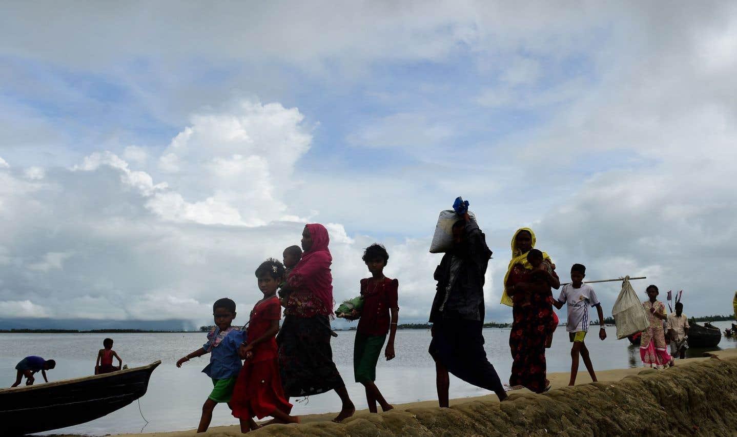Le Bangladesh songe à déménager les réfugiés rohingyas sur une île déserte