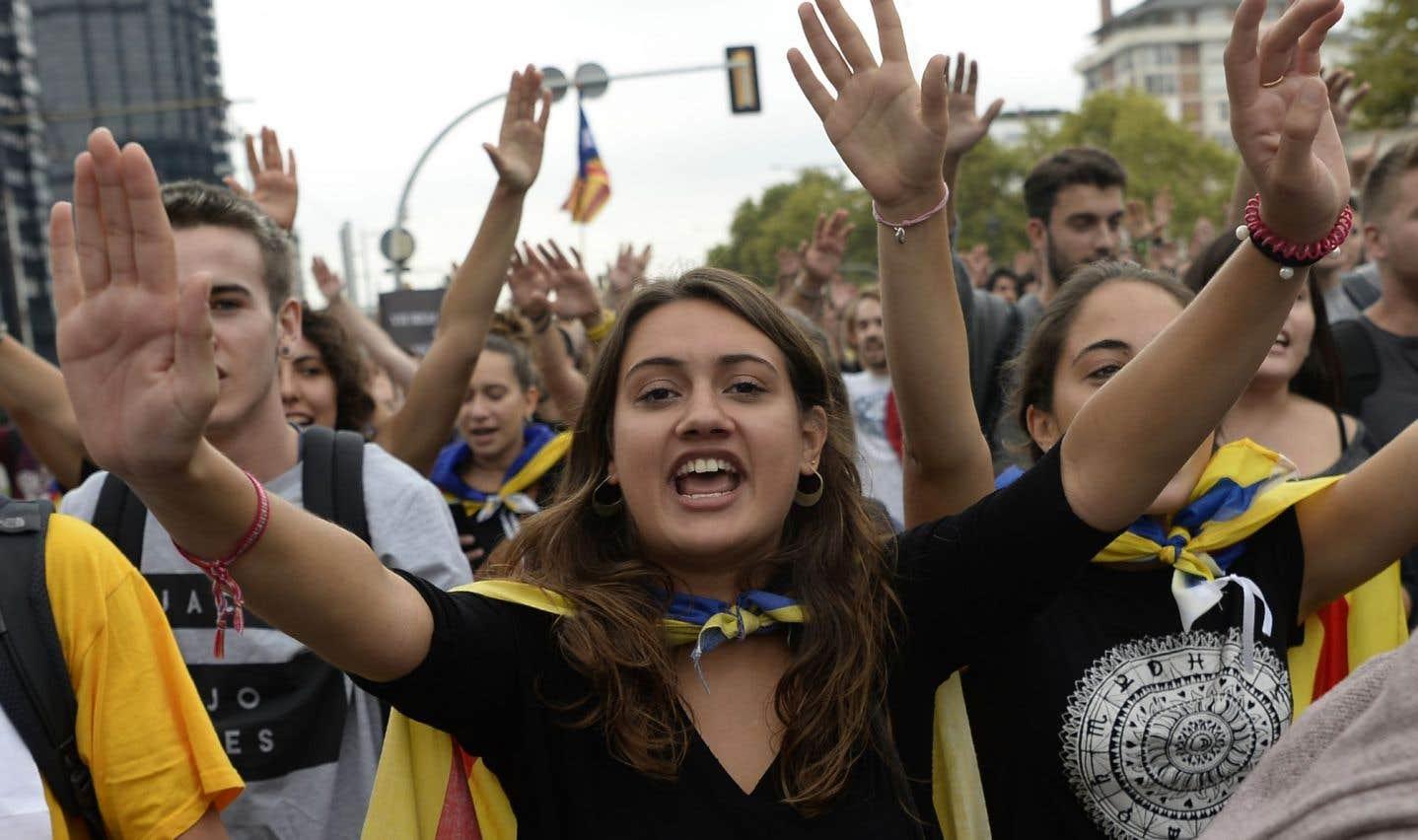 Certains étaient drapés dans l'estelada, le drapeau devenu le symbole des partisans du «oui».