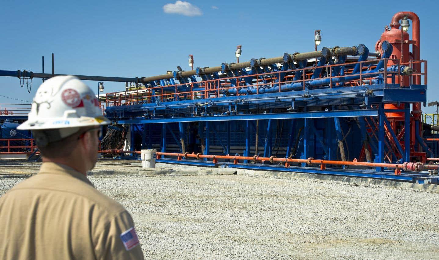 La stratégie des sociétés gazières et pétrolières: ne jamais exposer toutes les étapes qui conduisent à l'extraction non conventionnelle des hydrocarbures.