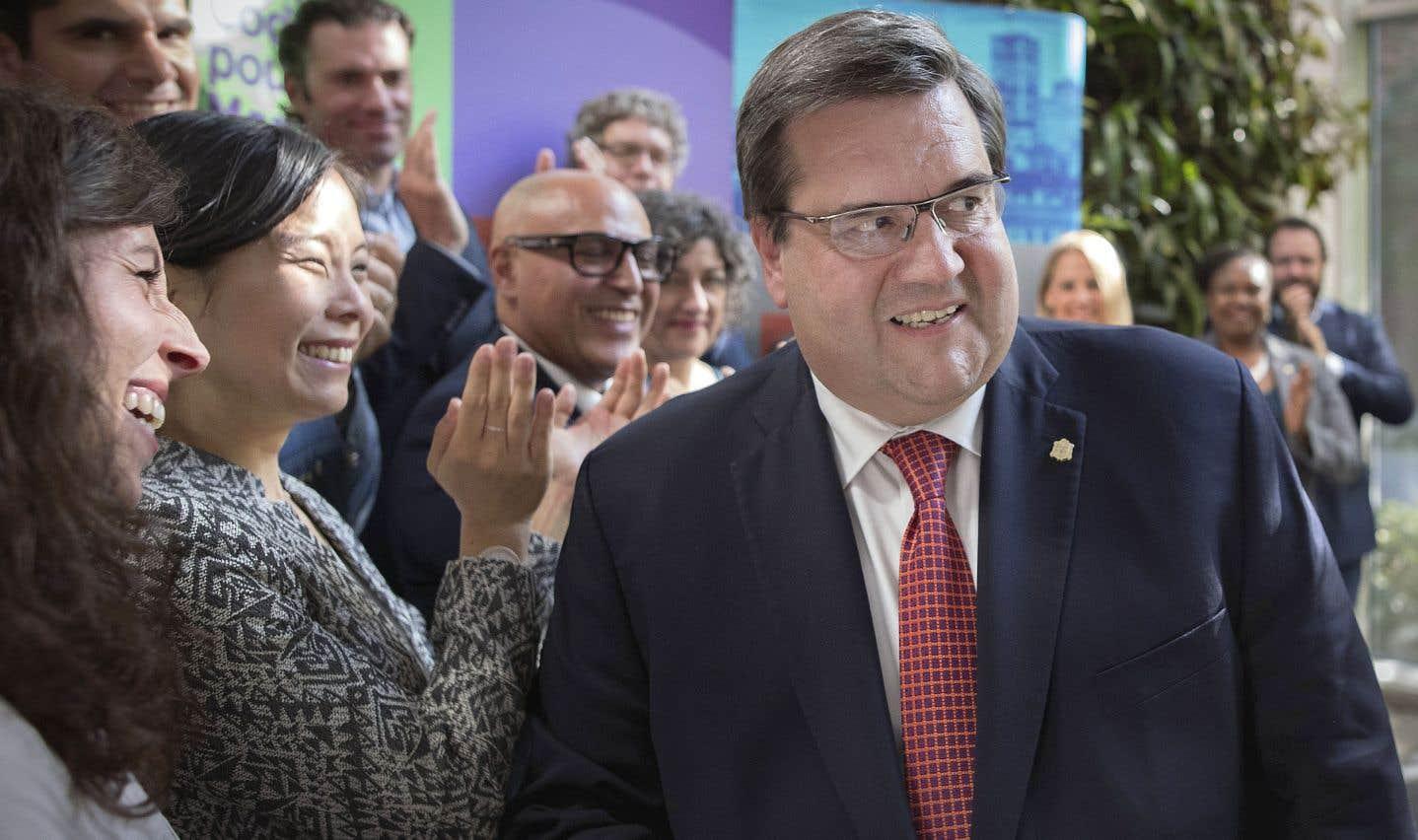 En présence de ses candidats et de ses militants, Denis Coderre a présenté lundi les nouveaux éléments de son programme électoral.