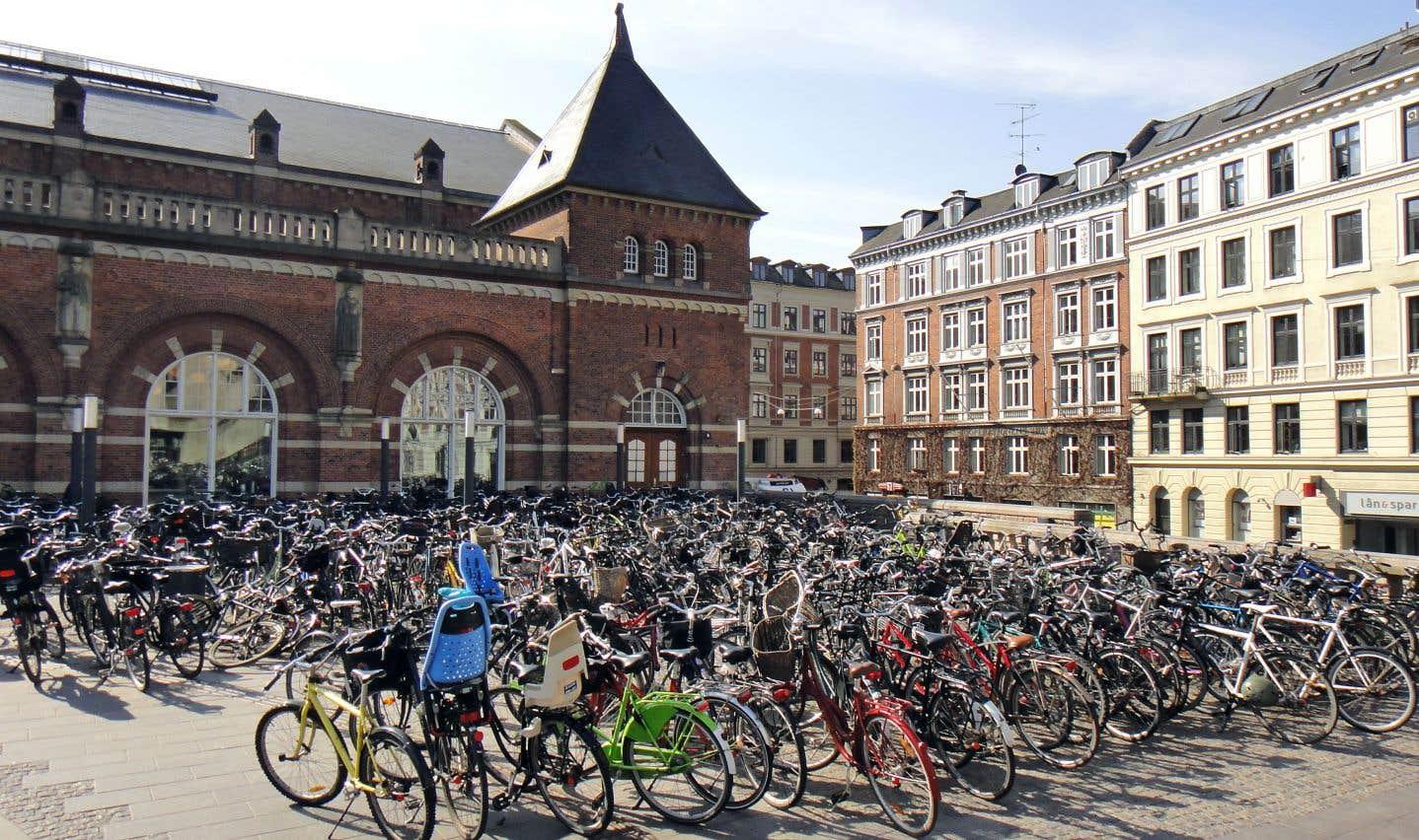 Séparer pour mieux protéger: la solution choisie en Europe pour rendre les villes plus cyclables