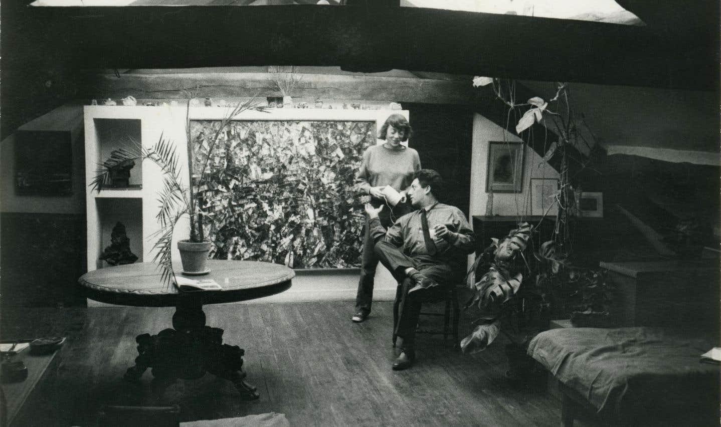 Joan Mitchell et Jean-Paul Riopelle dans leur atelier-appartement de Paris en 1963