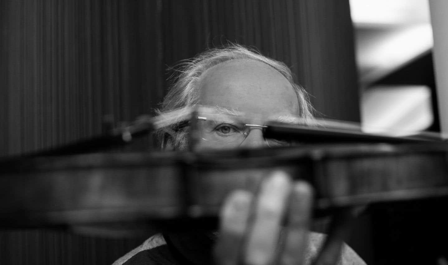 En première partie après une ouverture «Manfred» de bon augure, fluide et ardente, Gidon Kremer a joué le «Concerto pour violon» de Schumann.
