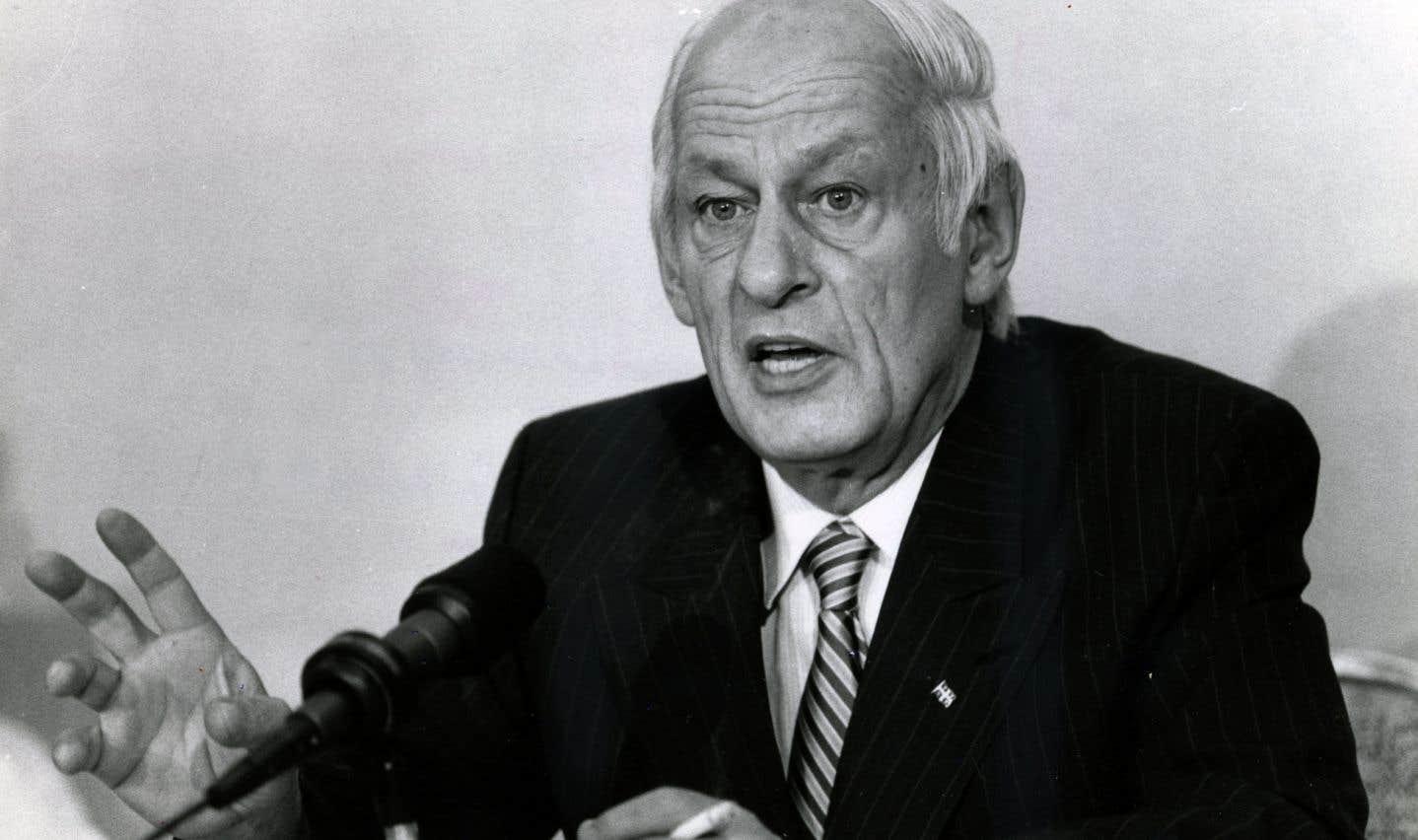 Tout se passe comme si René Lévesque avait emporté avec lui la ferveur qui a animé le Québec de son époque, a dit l'ex-premier ministre Lucien Bouchard lors d'une allocution.