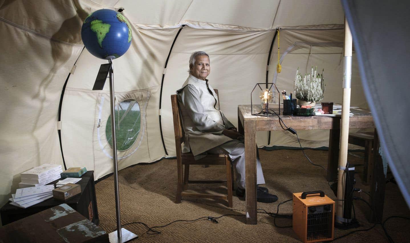 Muhammad Yunus, pionnier du microcrédit et Prix Nobel de la paix 2006, craint que la colère populaire ne se transforme en violence.