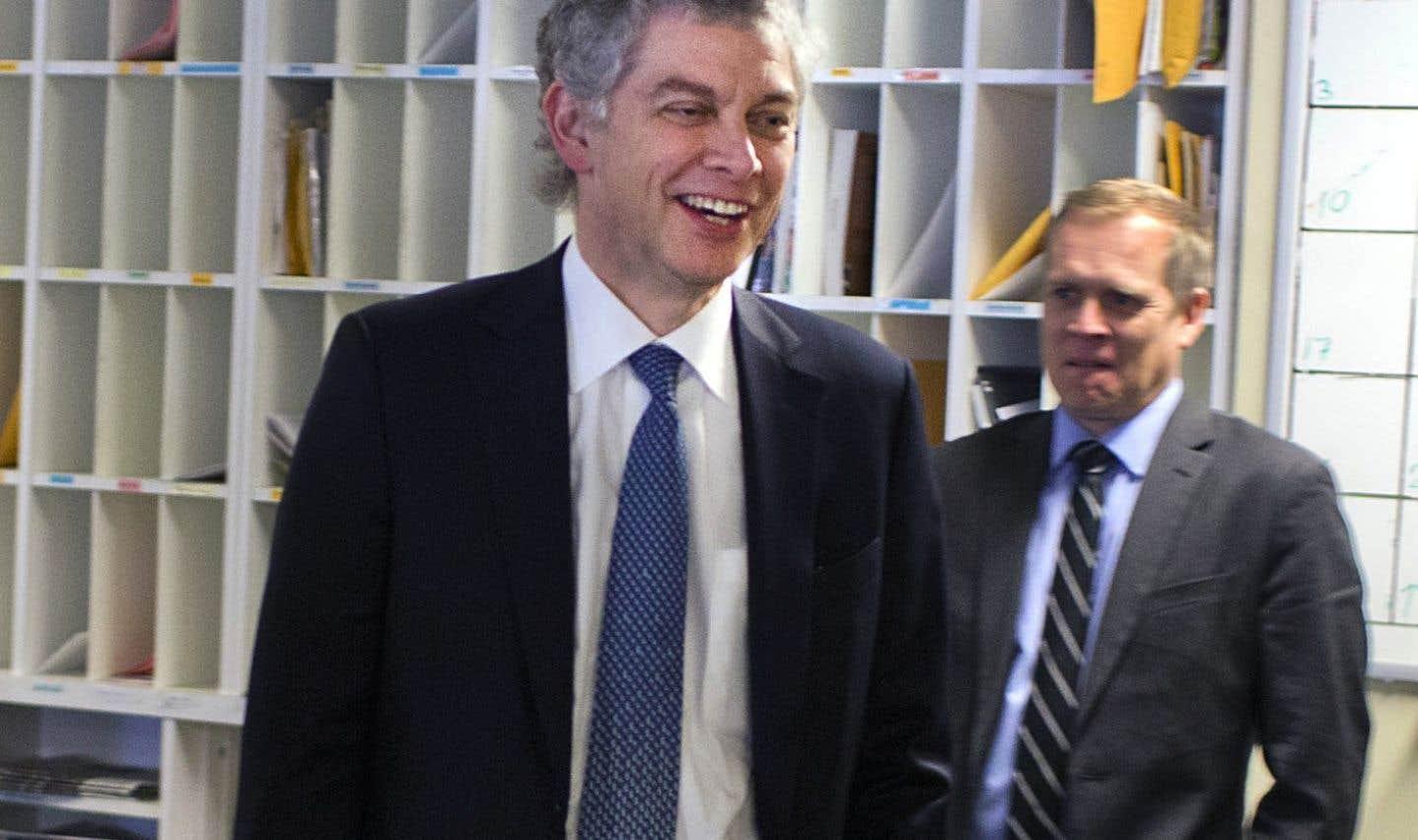 Jean Lamarre assumait la présidence du conseil d'administration du «Devoir» depuis 2009. Il a annoncé en janvier 2016 la nomination de Brian Myles au poste de directeur.