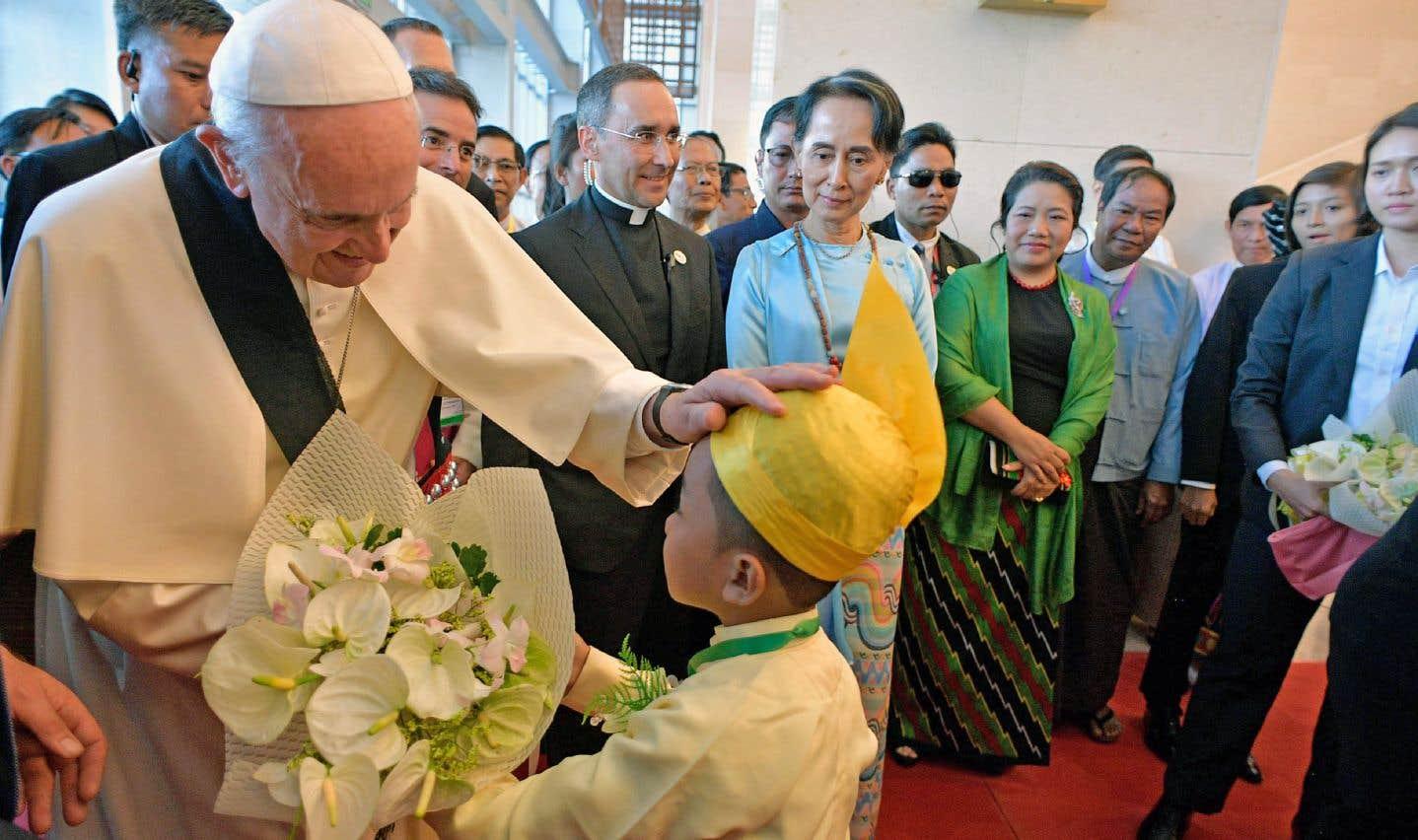 C'était jour de retrouvailles mardi pour le pape François et la dirigeante Aung San Suu Kyi.