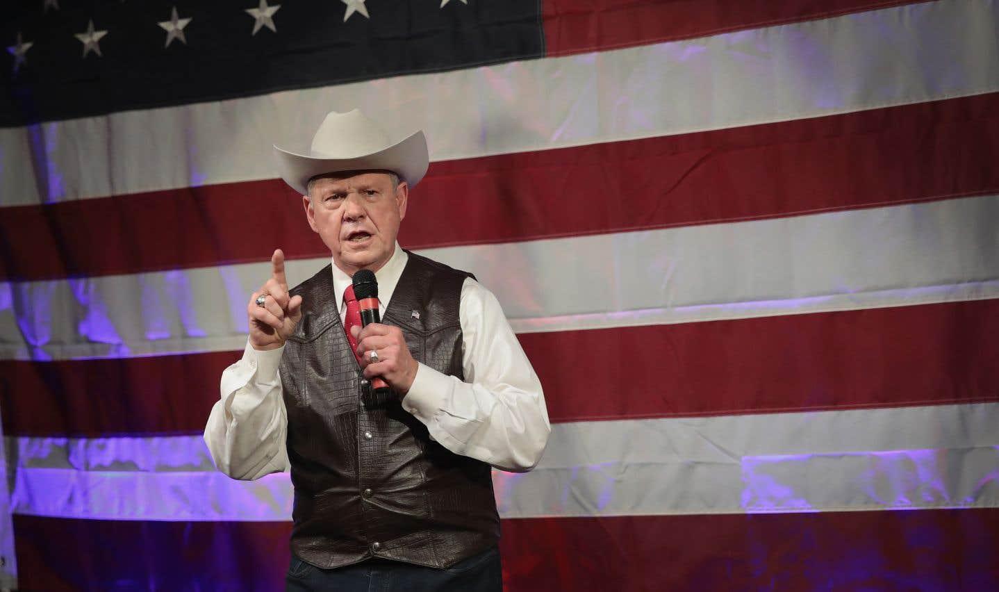 Trump donne finalement son appui à Roy Moore