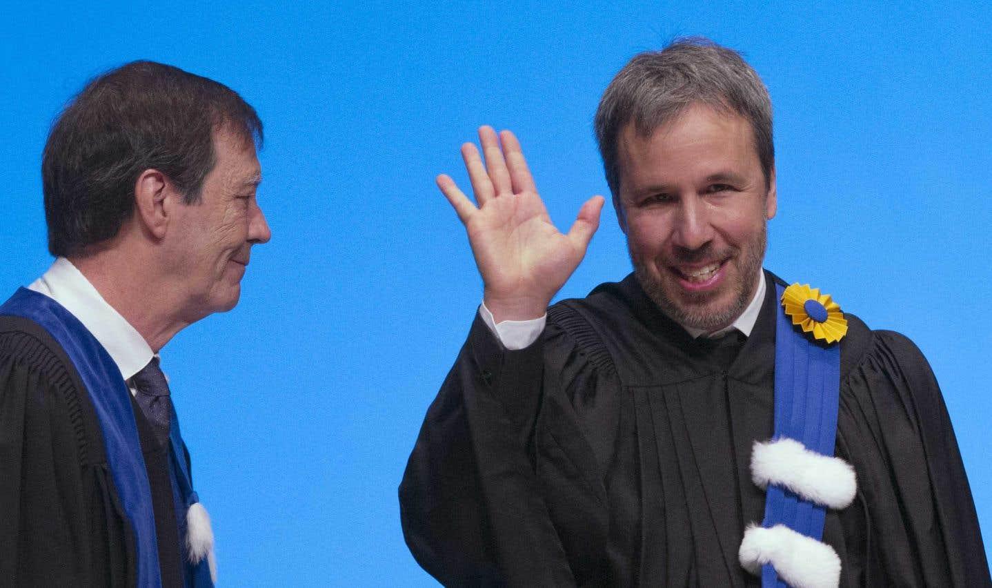Denis Villeneuve (à droite) accompagné du recteur de l'UQAM, Robert Proulx.