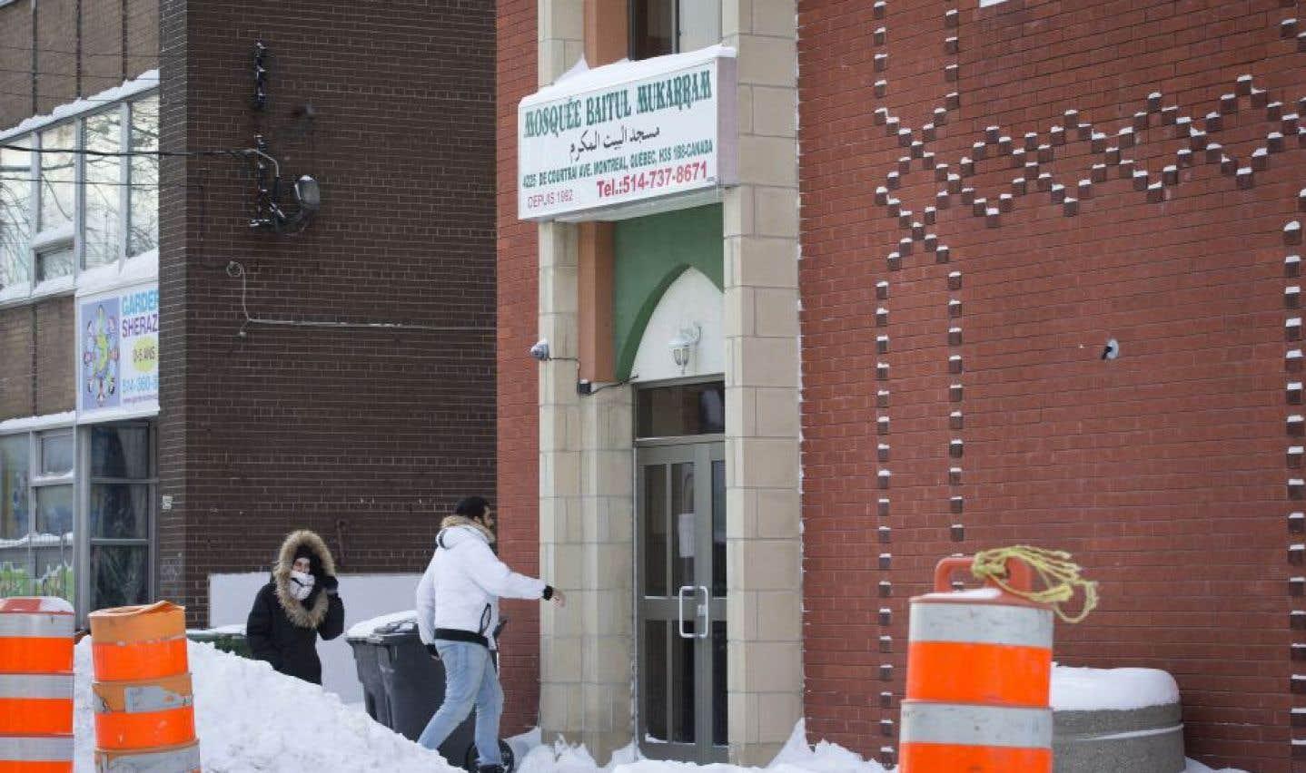 Les représentants des mosquées avaient vigoureusement nié l'information dès le départ.
