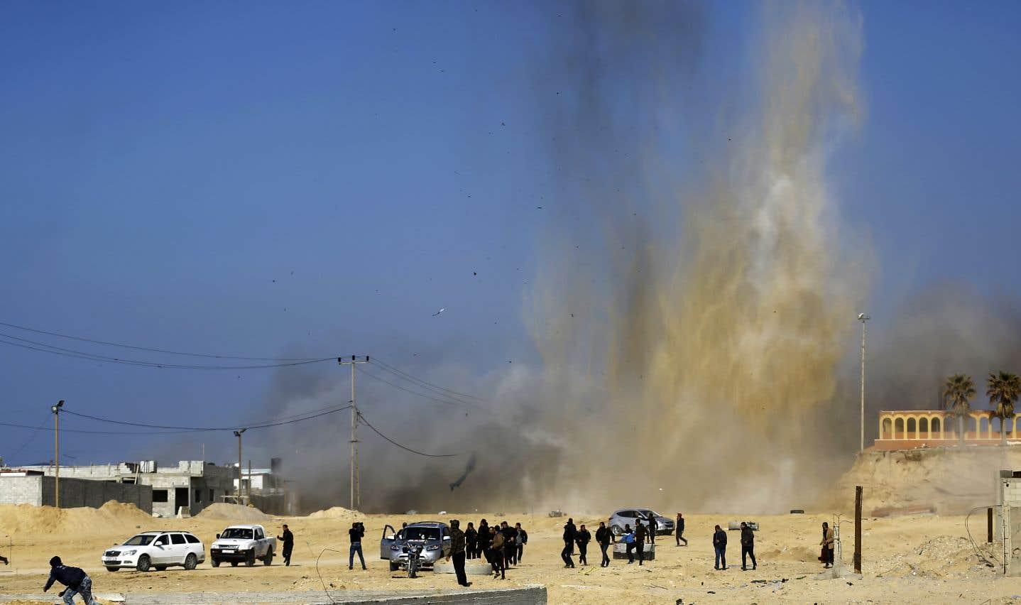 L'aviation israélienne a procédé à des frappes contre des positions du Hamas au nord de la bande de Gaza, comme elle l'avait fait en février dernier.