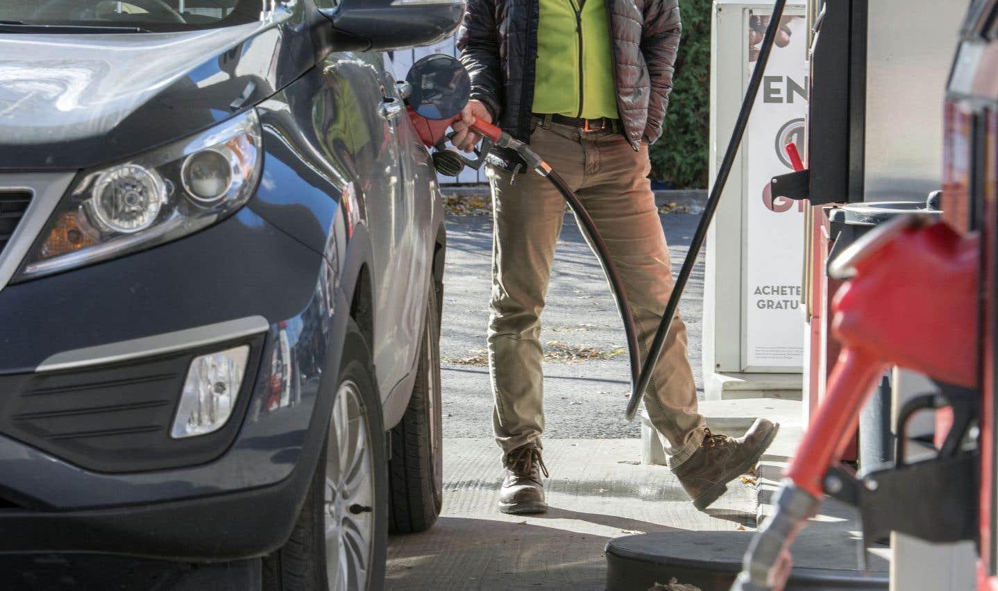 Les prix de l'essence à la pompe ont grandement soutenu la croissance du mois dernier.