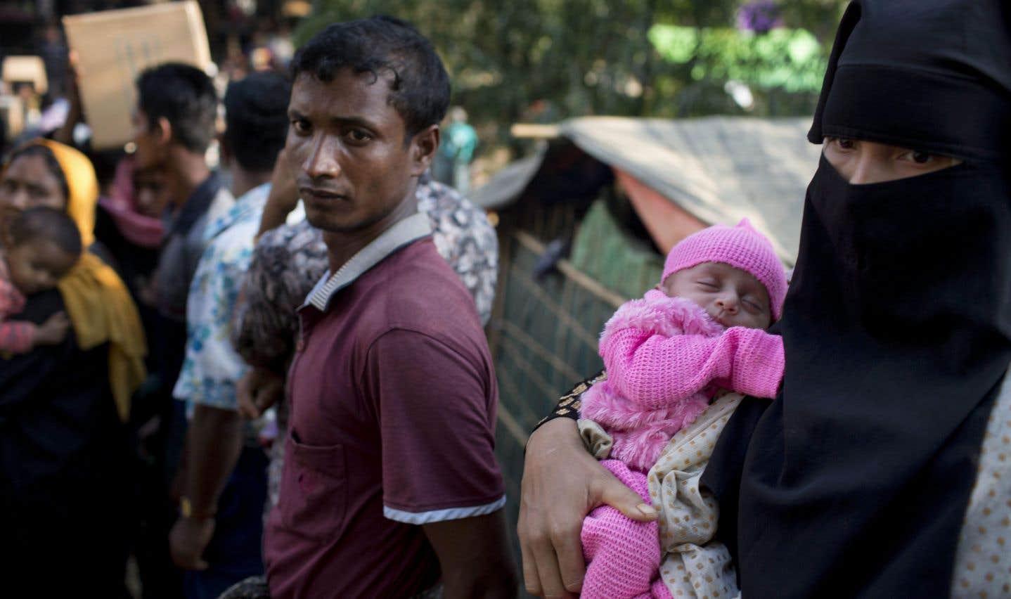 Le Bangladesh prépare le rapatriement de 100 000 Rohingyas