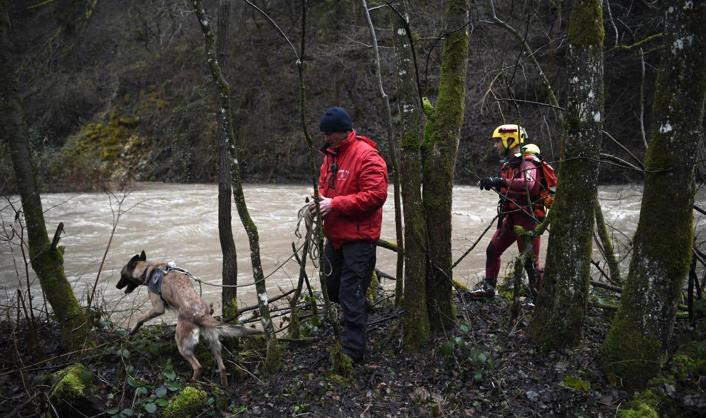Des vents violents et des bourrasques de pluie ont balayé l'Europe occidentale.
