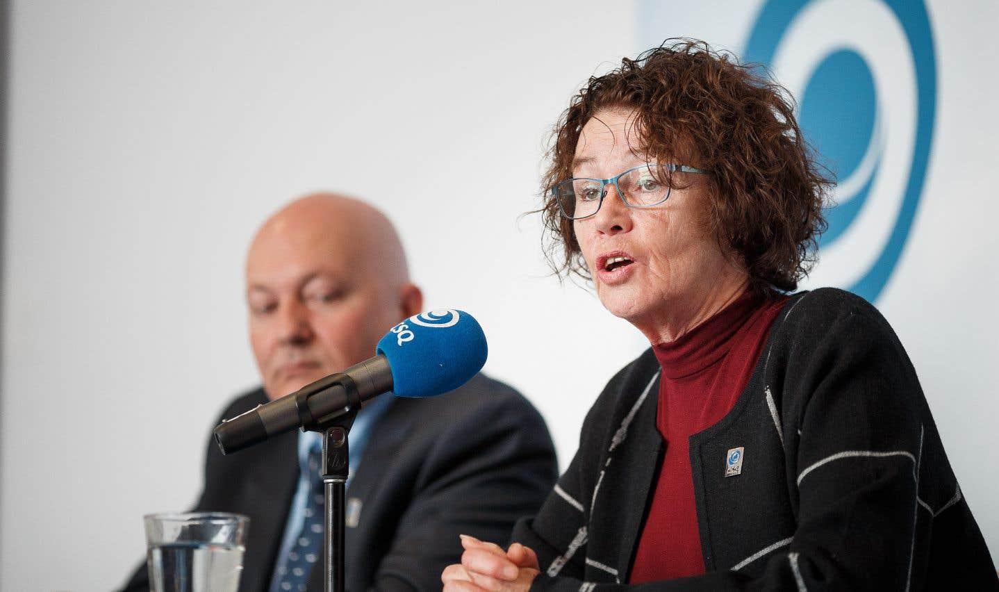 Louise Chabot et Daniel B. Lafrenière, respectivement présidente et secrétaire-trésorier de la CSQ, ont dévoilé dimanche la stratégie de la centrale syndicale pour les prochains mois.
