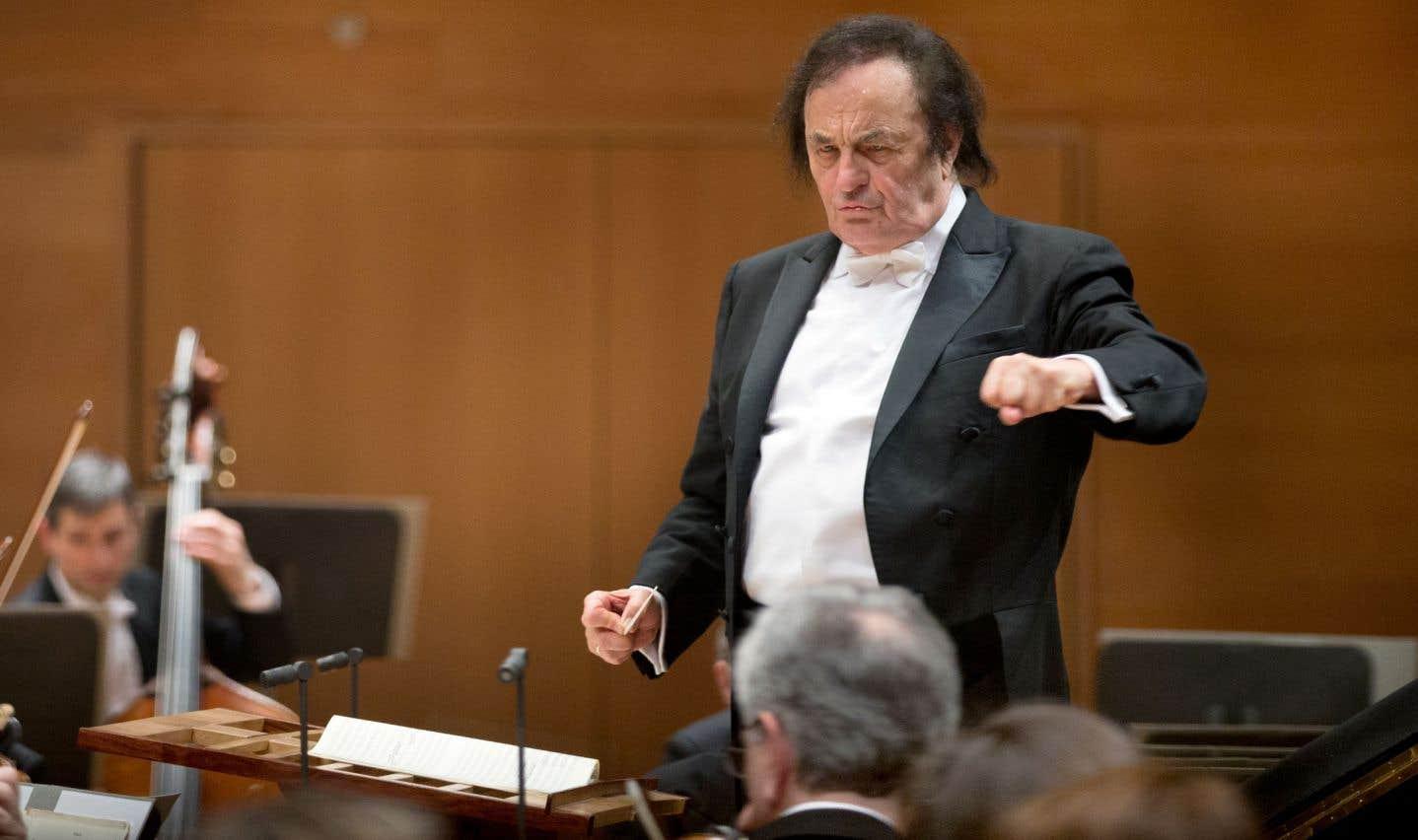 Charles Dutoit quitte le Royal Philharmonic de Londres plus tôt que prévu