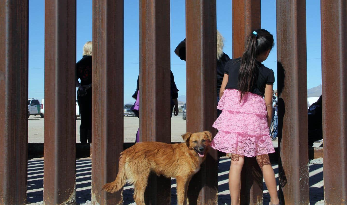 Donald Trump a contre-attaqué en affirmant non seulement que le mur se fera, mais en réitérant que c'est le Mexique qui payera.