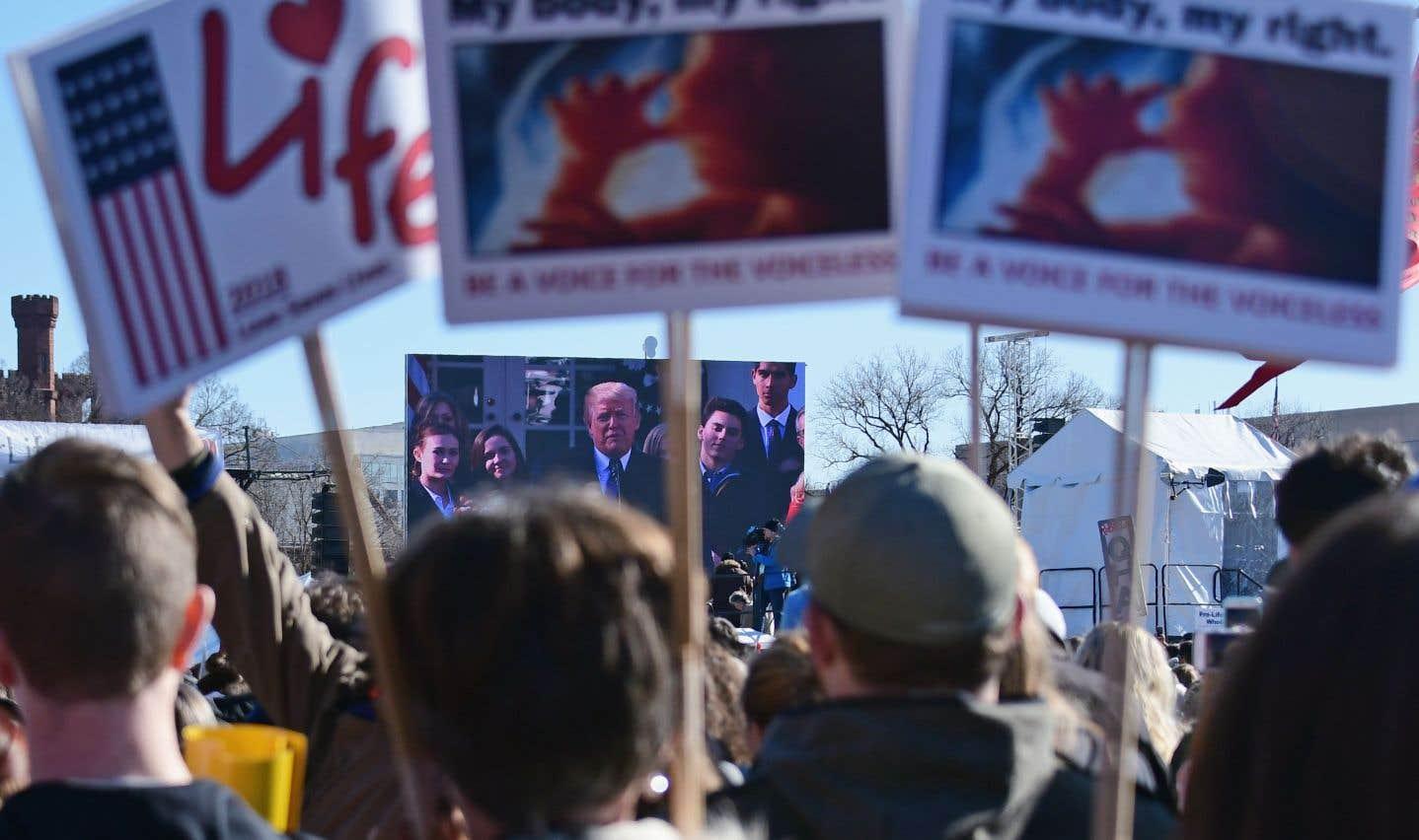 Trump affiche son soutien aux militants anti-avortement