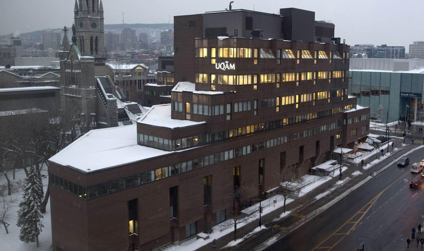 Le réseau de l'Université du Québec doit composer avec un sous-financement structurel qui l'accompagne depuis sa fondation, soulignent les auteurs.