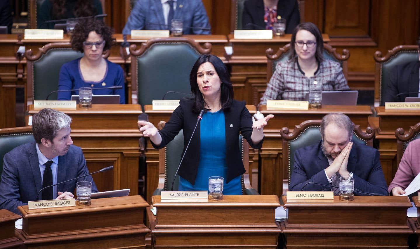 Le budget 2018 de la Ville de Montréal est adopté dans la controverse