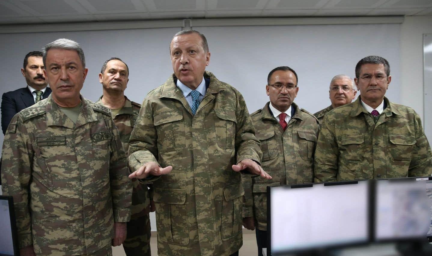Erdogan promet de poursuivre son offensive au Kurdistan syrien