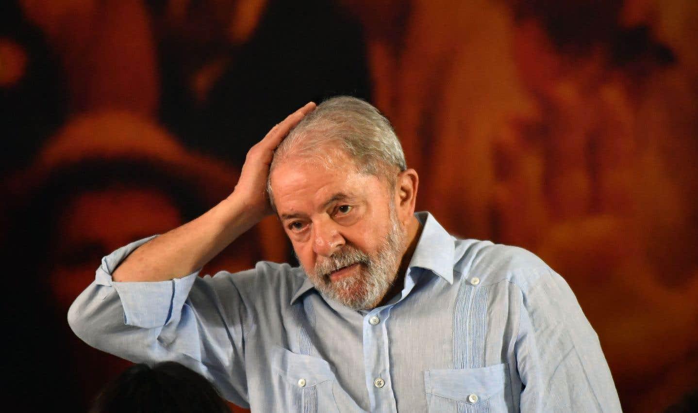 Lula privé de passeport et empêché de quitter le Brésil