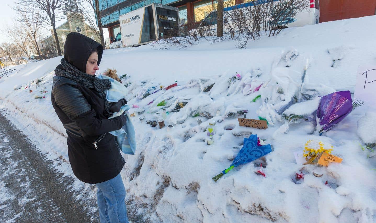 Le Québec doit trouver le courage d'admettre le problème de xénophobie et d'islamophobie croissantes, qui permet aujourd'hui à ces groupes néo-nazis d'alimenter la haine contre les immigrants, estime Amir Khadir.