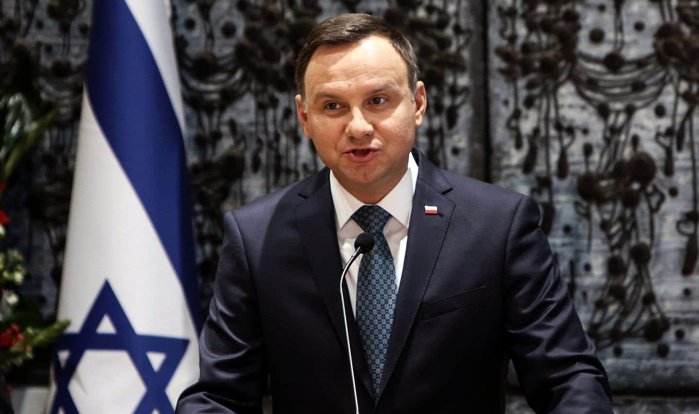 Le président polonais, Andrzej Duda, ici à Jérusalem lors d'un voyage diplomatique en janvier 2017, devra signer la loi pour qu'elle entre en vigueur.