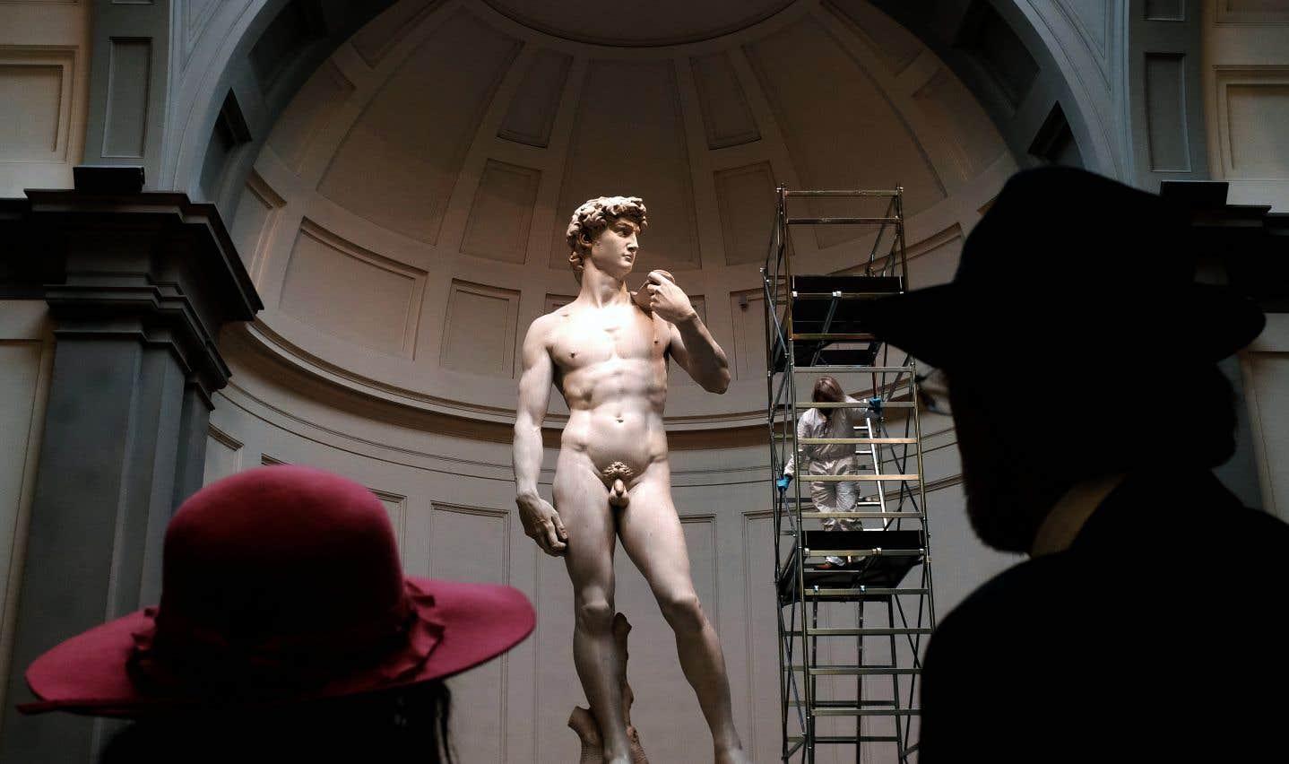 Le David de Michel-Ange a été sculpté vers 1504. Il est exposé à la Galleria dell'Accademia, à Florence, en Italie.