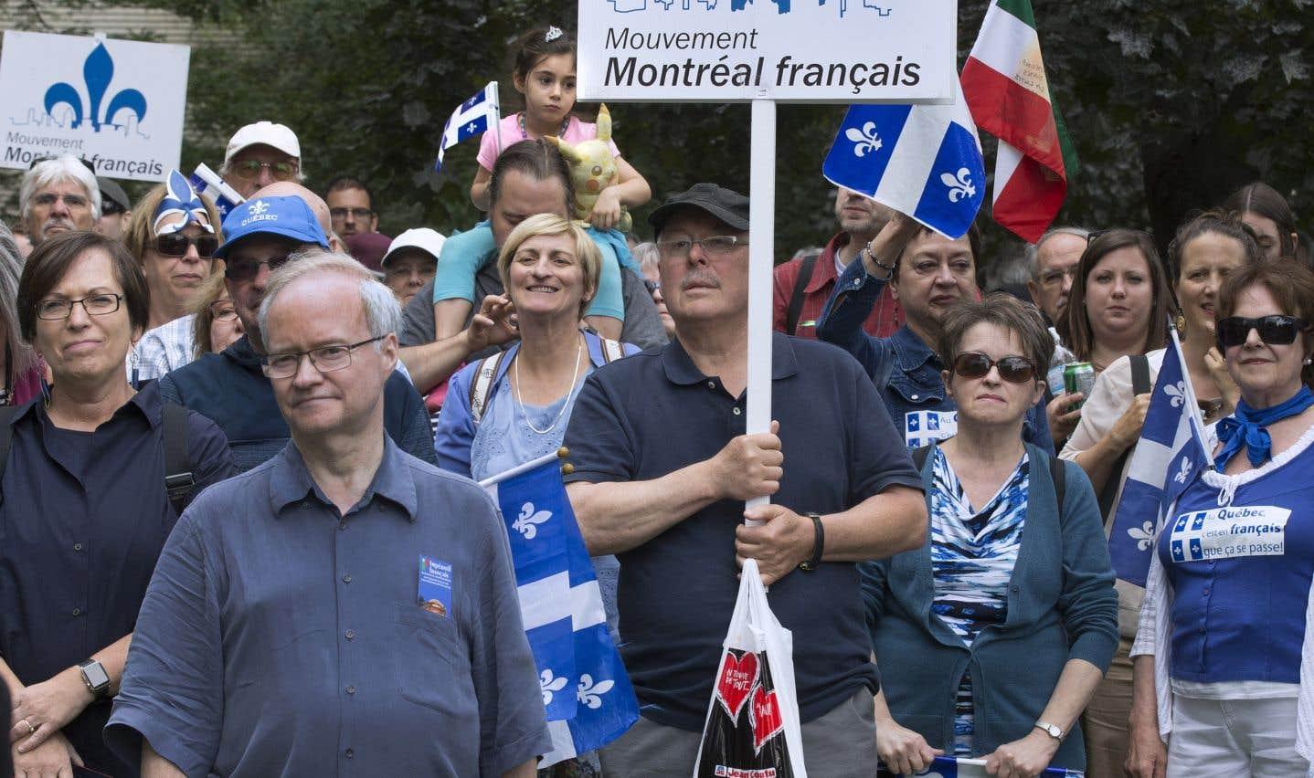 Les indicateurs statistiques d'une dislocation du Canada bilingue sont de plus en plus préoccupants, soulignent les auteurs. Les données du dernier recensement de Statistique Canada confirment un recul du français comme première langue officielle.