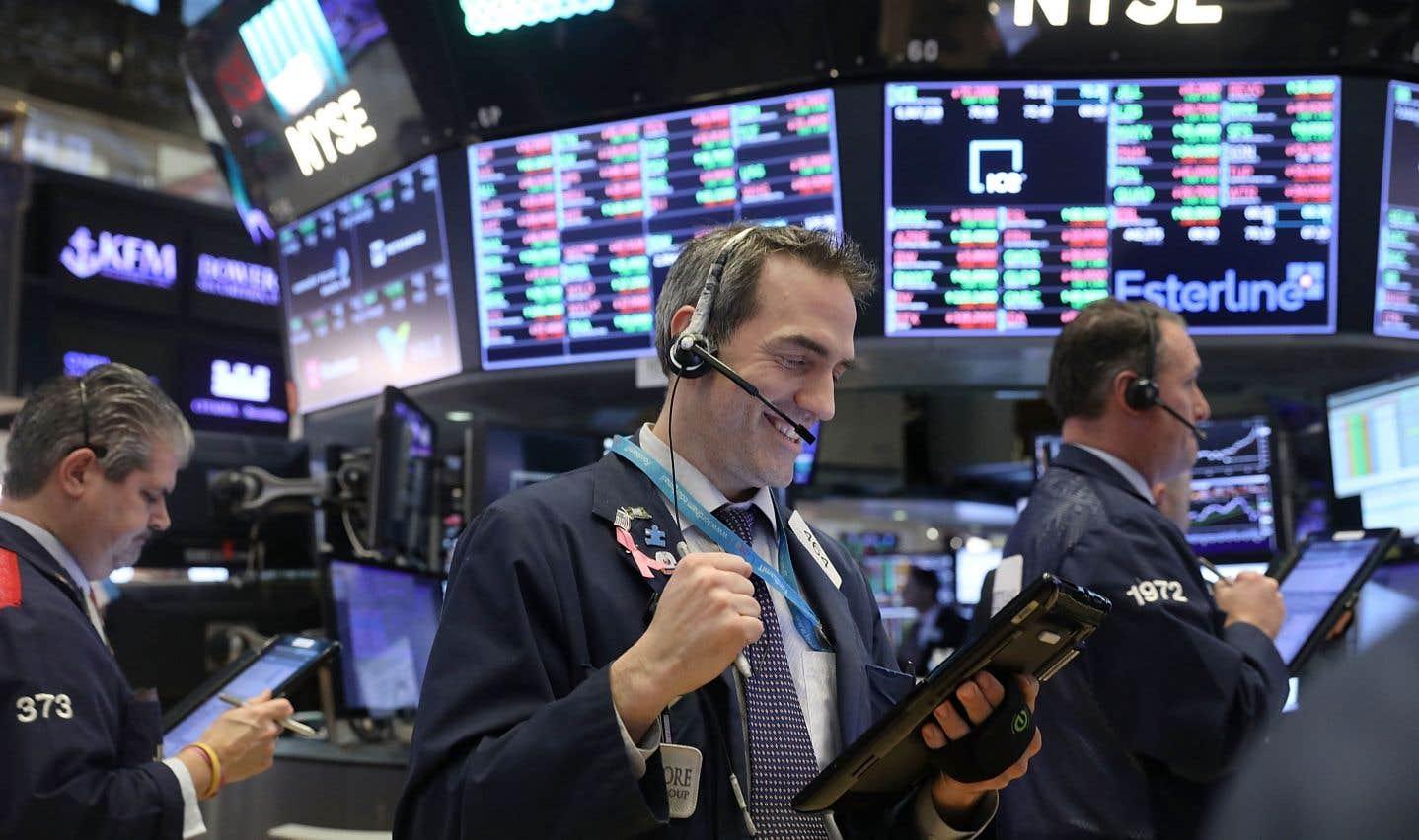 Les Bourses reprennent une partie du terrain après la glissade soudaine de lundi