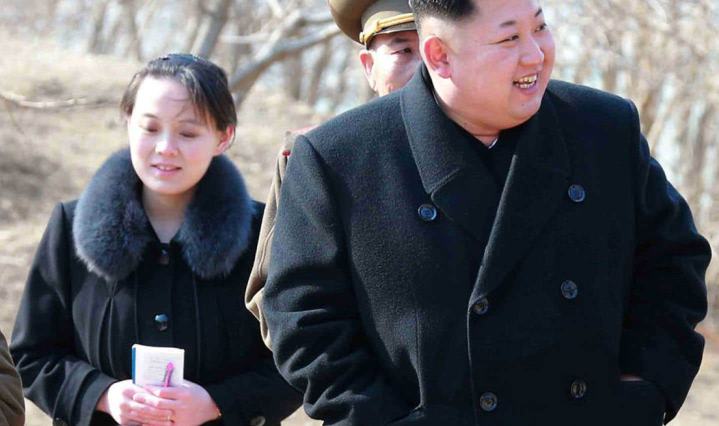 De gauche à droite:Kim Yo-jong et son frère, Kim Jong-un
