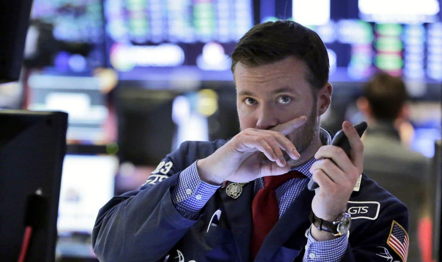 Le Dow Jones a reculé de 5,2% sur la semaine. Il s'agit de sa chute hebdomadaire la plus importante depuis début 2016.