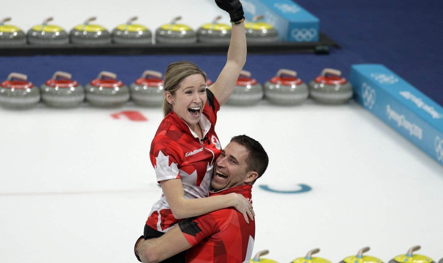 Morris et Lawes procurent l'or au Canada en curling double mixte