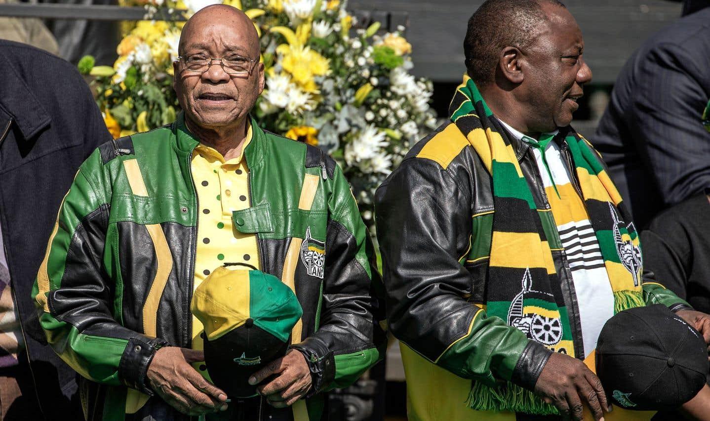 Jacob Zuma et Cyril Ramaphosa lors d'un événement partisan de l'ANC en 2016. Depuis son arrivée à la tête du parti en décembre, Cyril Ramaphosa cherche à pousser le président sud-africain vers la sortie.